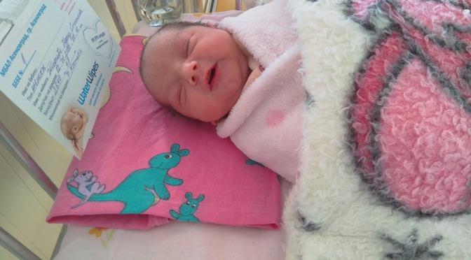 Момиченце е първото бебе на Асеновград за 2020 година