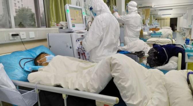 """Званието """"Загинали герои"""" е присвоено на 14 загинали от COVID-19 лекари от Китай"""