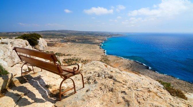 В Кипър очакват пет пъти по-малко туристи
