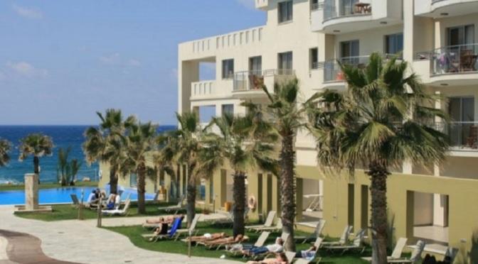 Кипърските хотели ще започнат масово да затварят в средата на септември