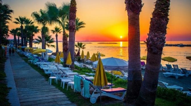 Република Кипър изчисли загубите на туризма за тази година