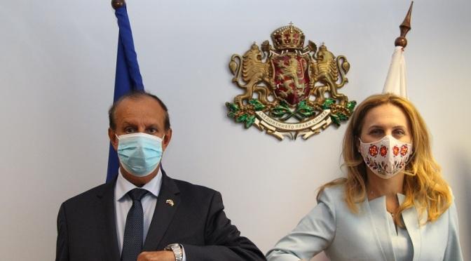 Марияна Николова проведе работна среща със султан Рашид Султан Алкайтуб Алнуайми
