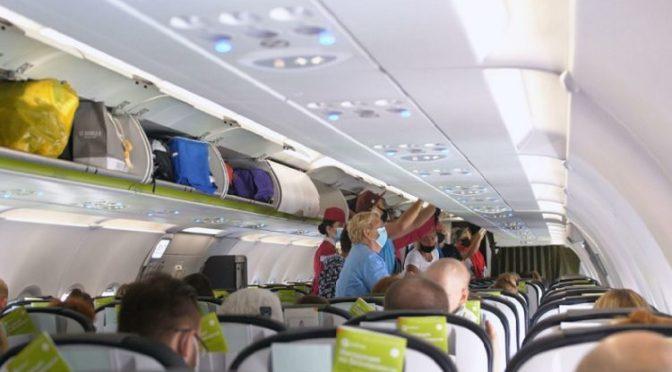 Рисковете от заразяване с коронавирус в самолета са минимални